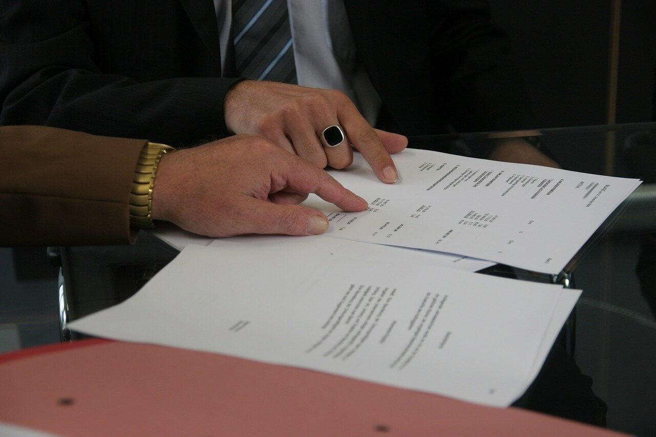 Adwokat – kiedy może okazać się pomocny?